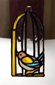 Птичка в клетке. Витраж (13 см)